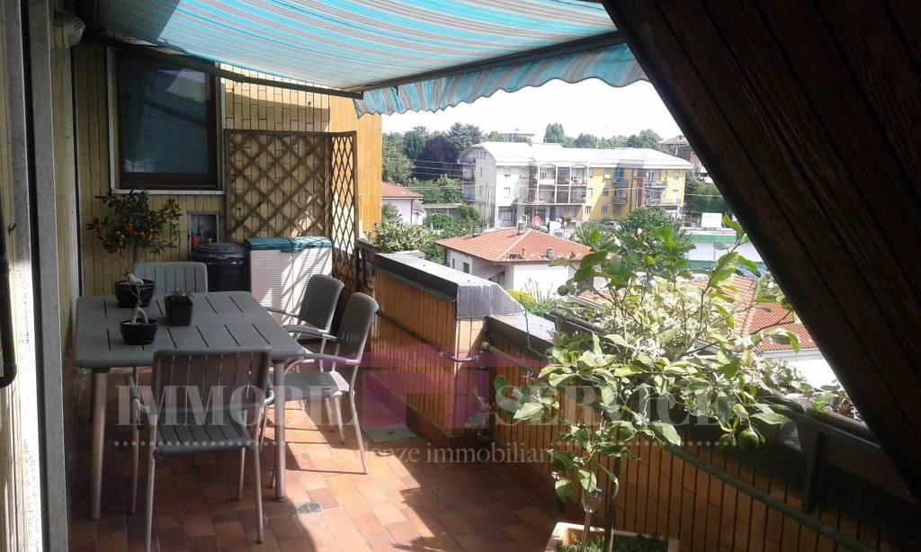 Appartamento in vendita a Caronno Pertusella, 3 locali, prezzo € 133.000   CambioCasa.it