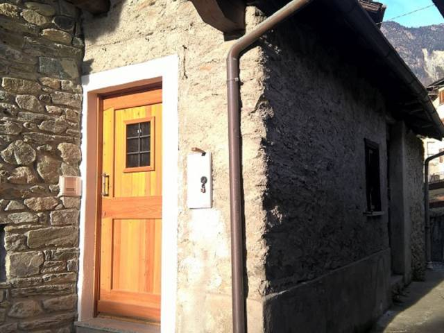 Appartamento in affitto a Caspoggio, 3 locali, prezzo € 360   CambioCasa.it