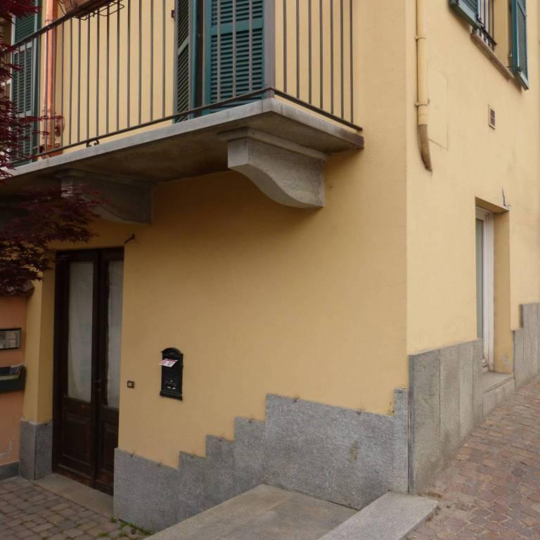 Negozio / Locale in affitto a Fossano, 2 locali, prezzo € 360 | CambioCasa.it
