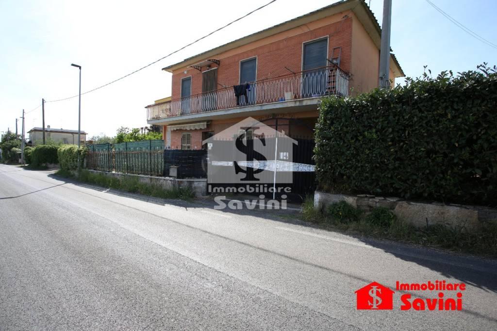 Appartamento in vendita a Lanuvio, 2 locali, prezzo € 95.000 | CambioCasa.it