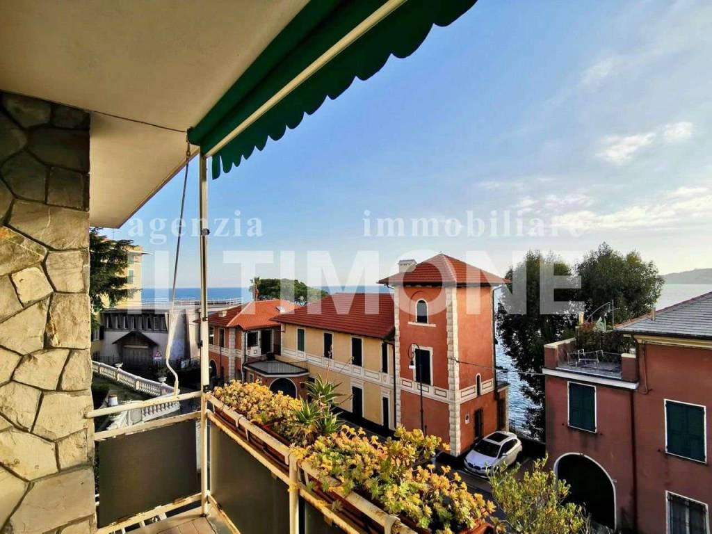 Appartamento in vendita a Rapallo, 6 locali, prezzo € 550.000 | CambioCasa.it