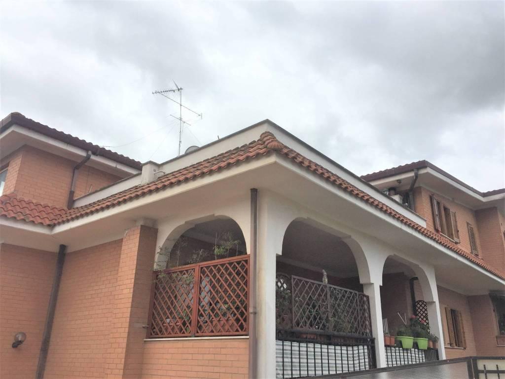 Appartamento in vendita a Roma, 2 locali, zona Zona: 40 . Piana del Sole, Casal Lumbroso, Malagrotta, Ponte Galeria, prezzo € 115.000 | CambioCasa.it