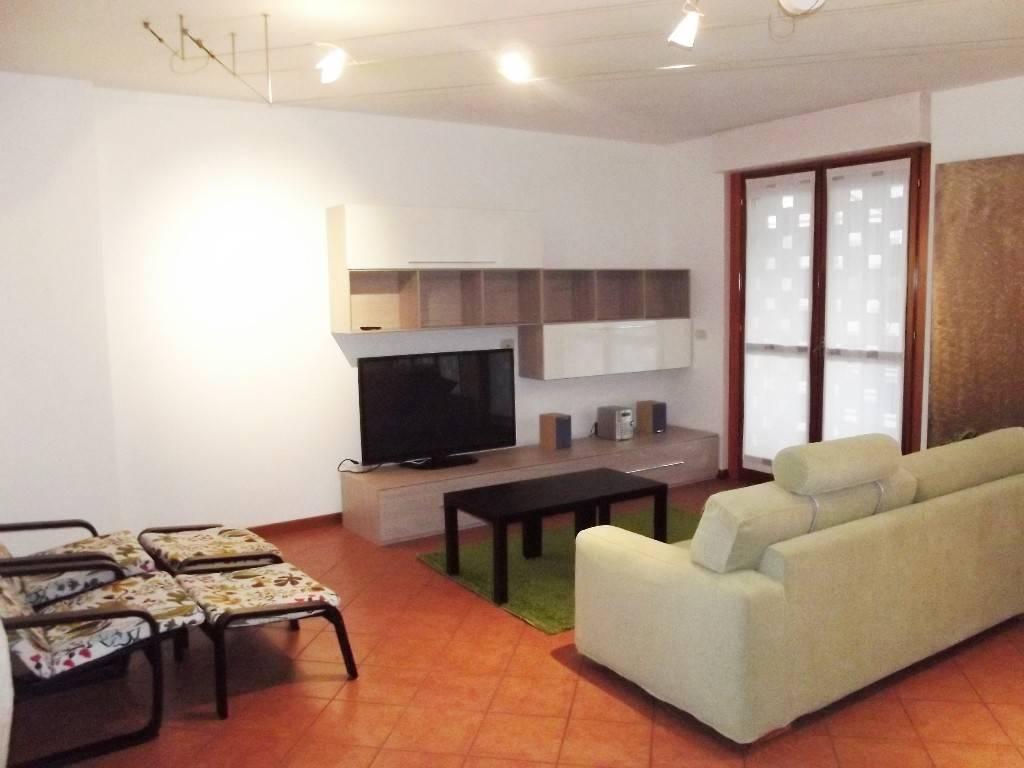 Appartamento in affitto a San Donato Milanese, 3 locali, prezzo € 1.700 | PortaleAgenzieImmobiliari.it