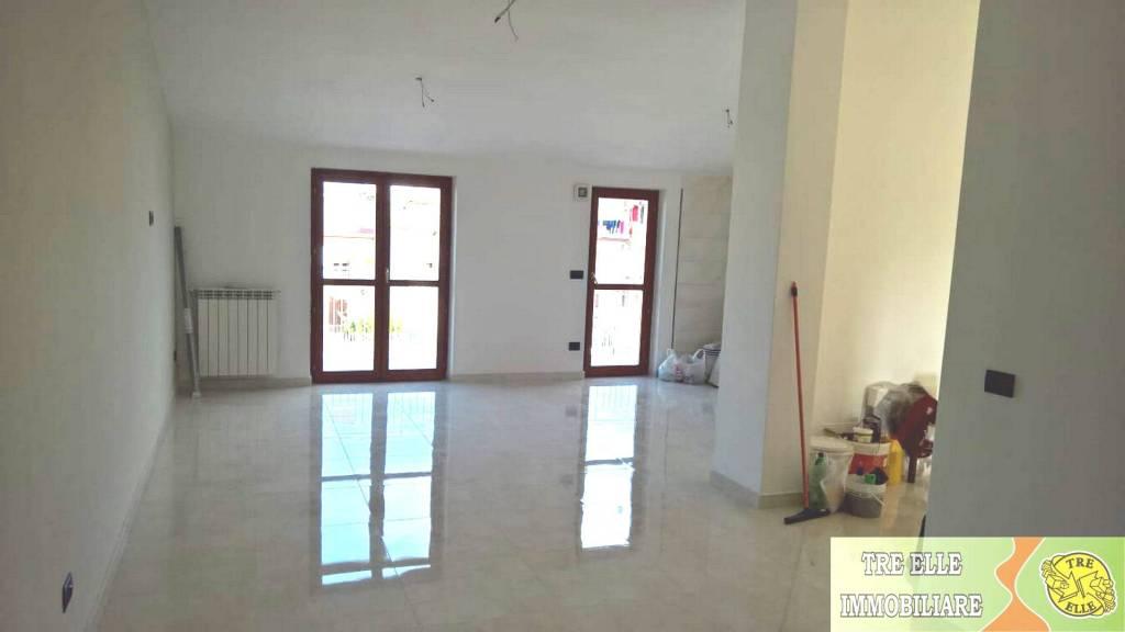 Appartamento in vendita Rif. 8412736