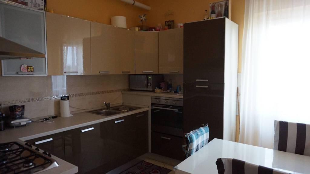 Appartamento in vendita a Ghedi, 3 locali, prezzo € 82.000   PortaleAgenzieImmobiliari.it