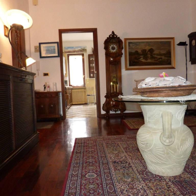 Appartamento in vendita a Fossano, 4 locali, prezzo € 125.000 | CambioCasa.it