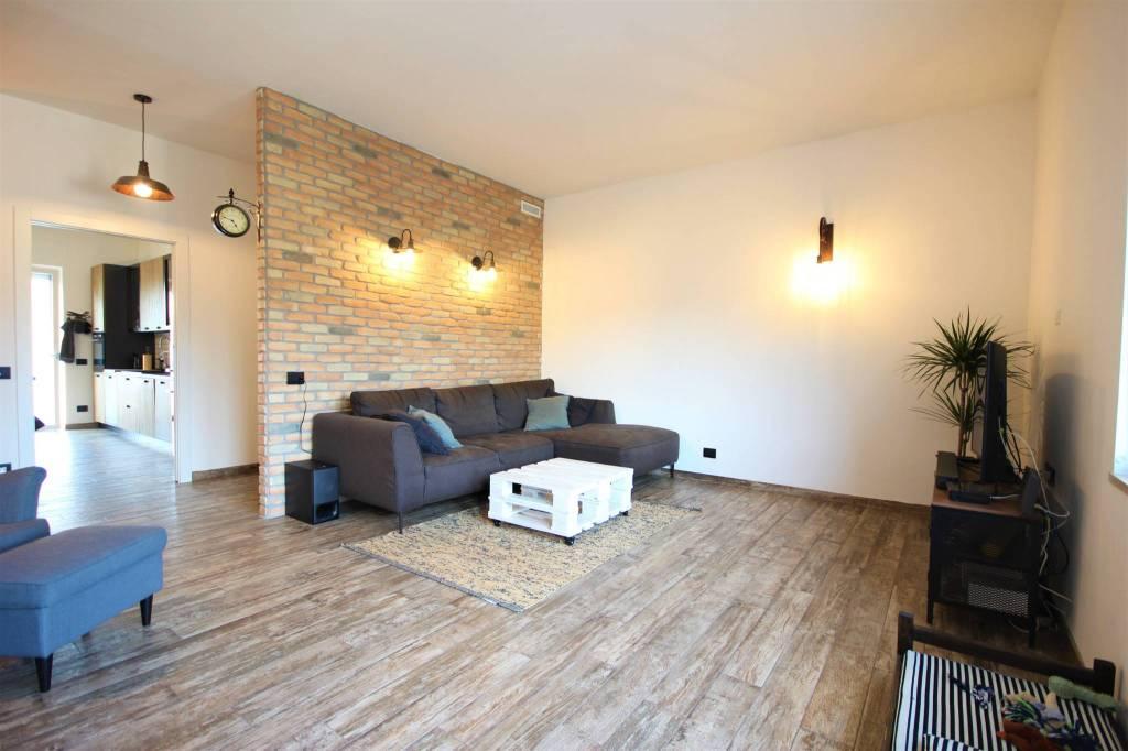 Appartamento in vendita a Vicenza, 3 locali, prezzo € 215.000 | CambioCasa.it