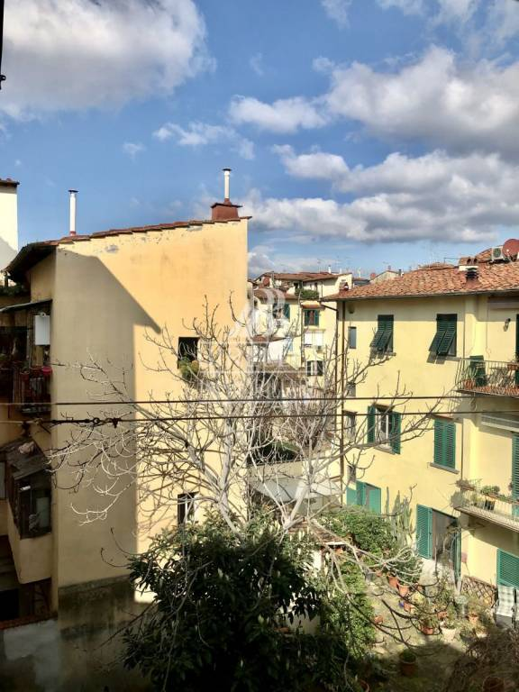 Appartamento in Vendita a Firenze Centro: 5 locali, 115 mq