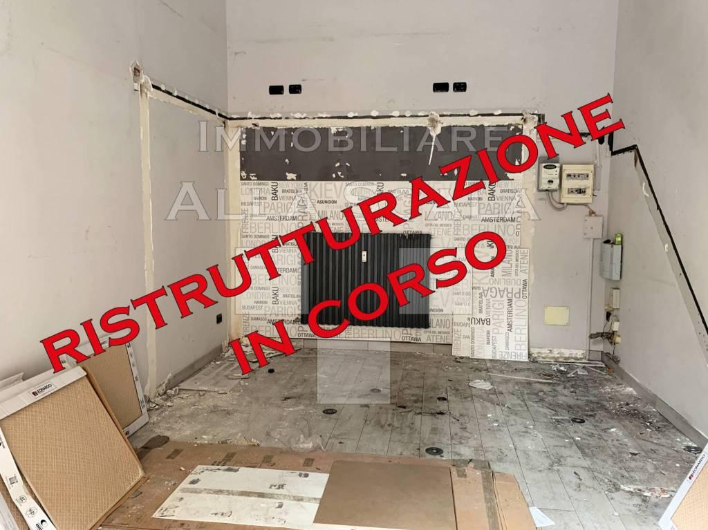 Affittasi Negozio / Locale a Milano
