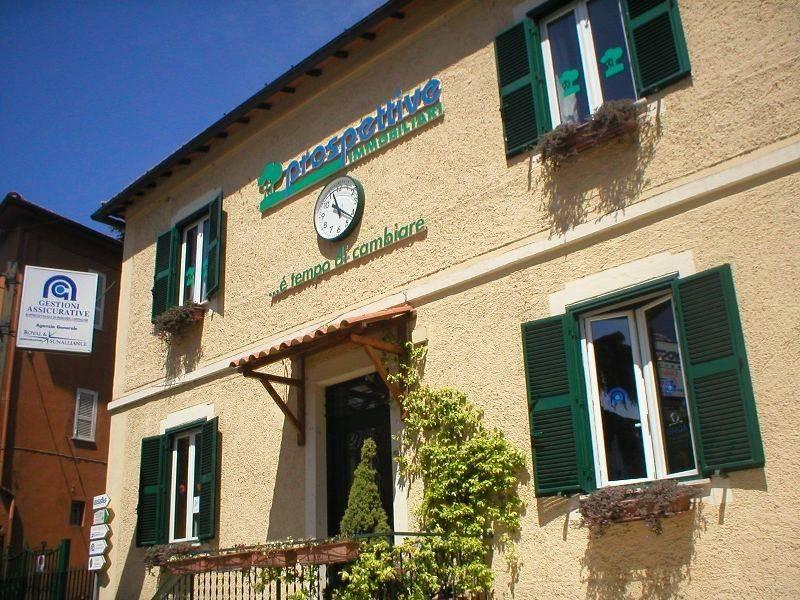 Ufficio / Studio in affitto a Sacrofano, 3 locali, prezzo € 600   CambioCasa.it