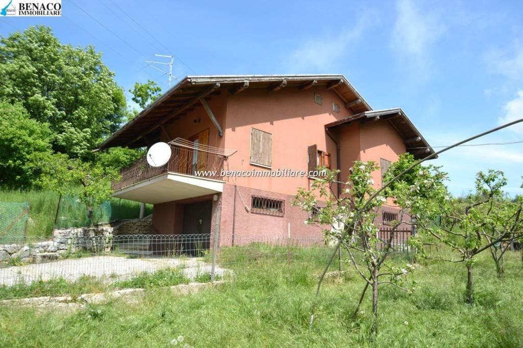 Villa in Vendita a San Zeno di Montagna