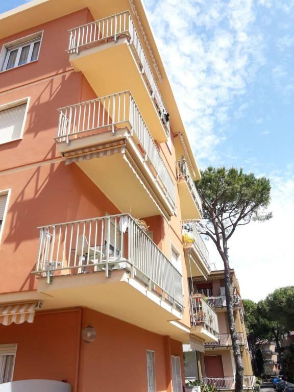 Appartamento in vendita a Bordighera, 3 locali, prezzo € 215.000 | PortaleAgenzieImmobiliari.it