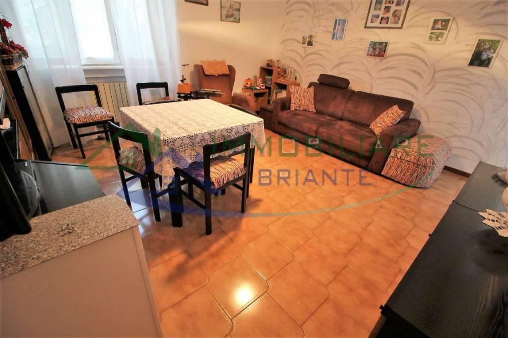 Appartamento in vendita a Cardano al Campo, 3 locali, prezzo € 84.000 | CambioCasa.it
