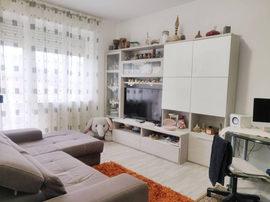Appartamento in vendita a Gandino, 3 locali, prezzo € 98.000 | PortaleAgenzieImmobiliari.it