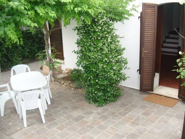 Villa in Affitto a Riccione Centro: 3 locali, 90 mq