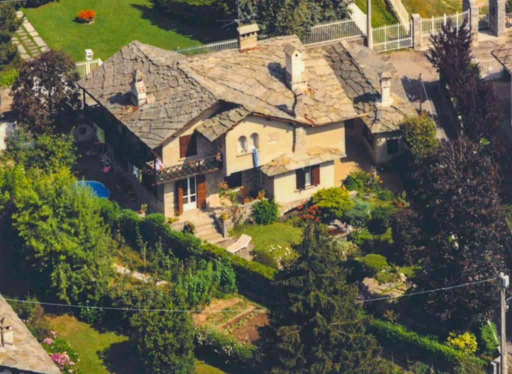 Villa in vendita a Ceres, 6 locali, prezzo € 180.000 | CambioCasa.it