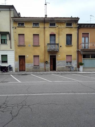 Soluzione Indipendente in vendita a Roverbella, 6 locali, prezzo € 70.000 | Cambio Casa.it