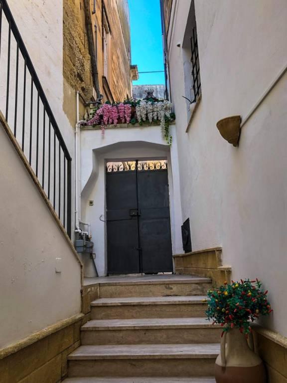 Appartamento in Affitto a Lecce Centro: 2 locali, 60 mq