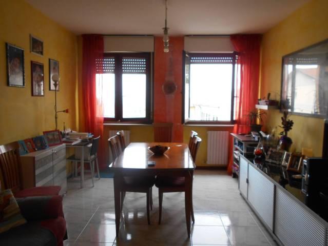Appartamento in ottime condizioni in vendita Rif. 4231142
