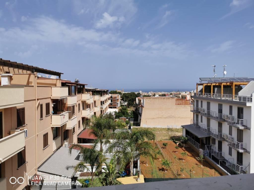 Appartamento in affitto a Terrasini, 2 locali, prezzo € 500   CambioCasa.it