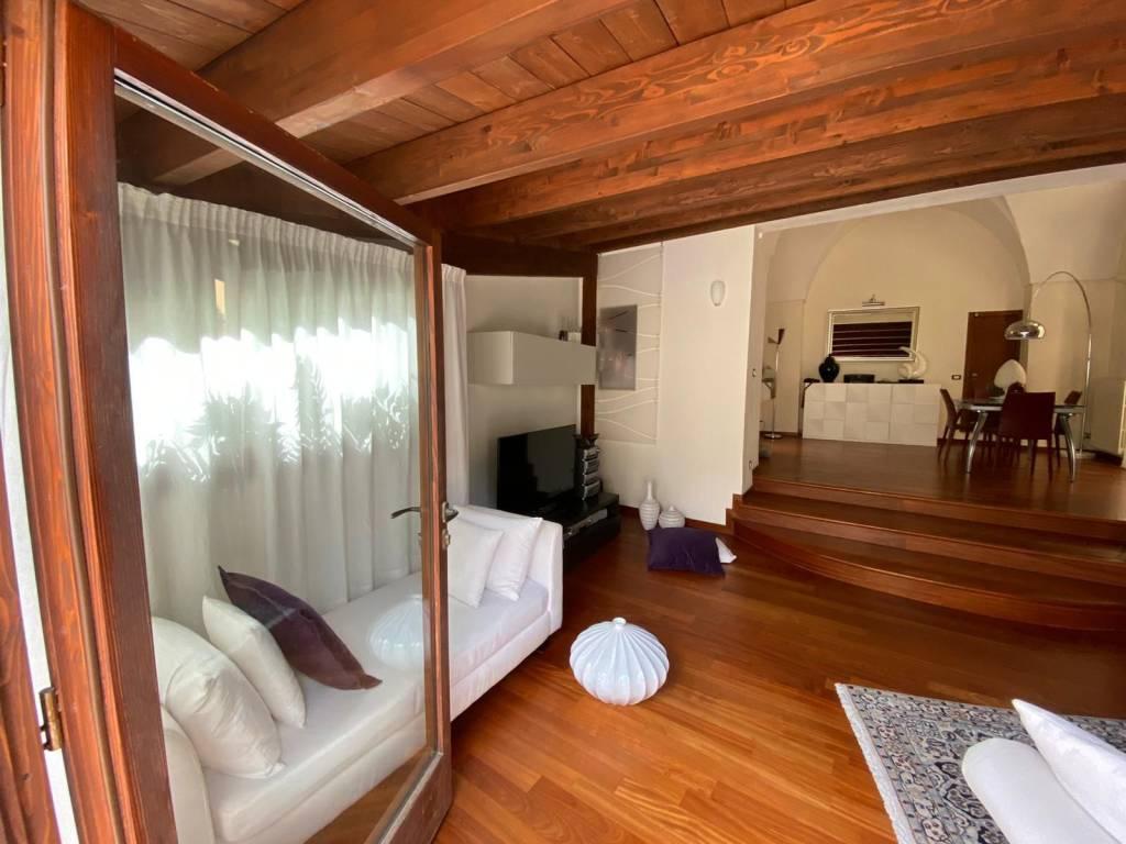 Appartamento in Vendita a Lecce Centro: 4 locali, 130 mq