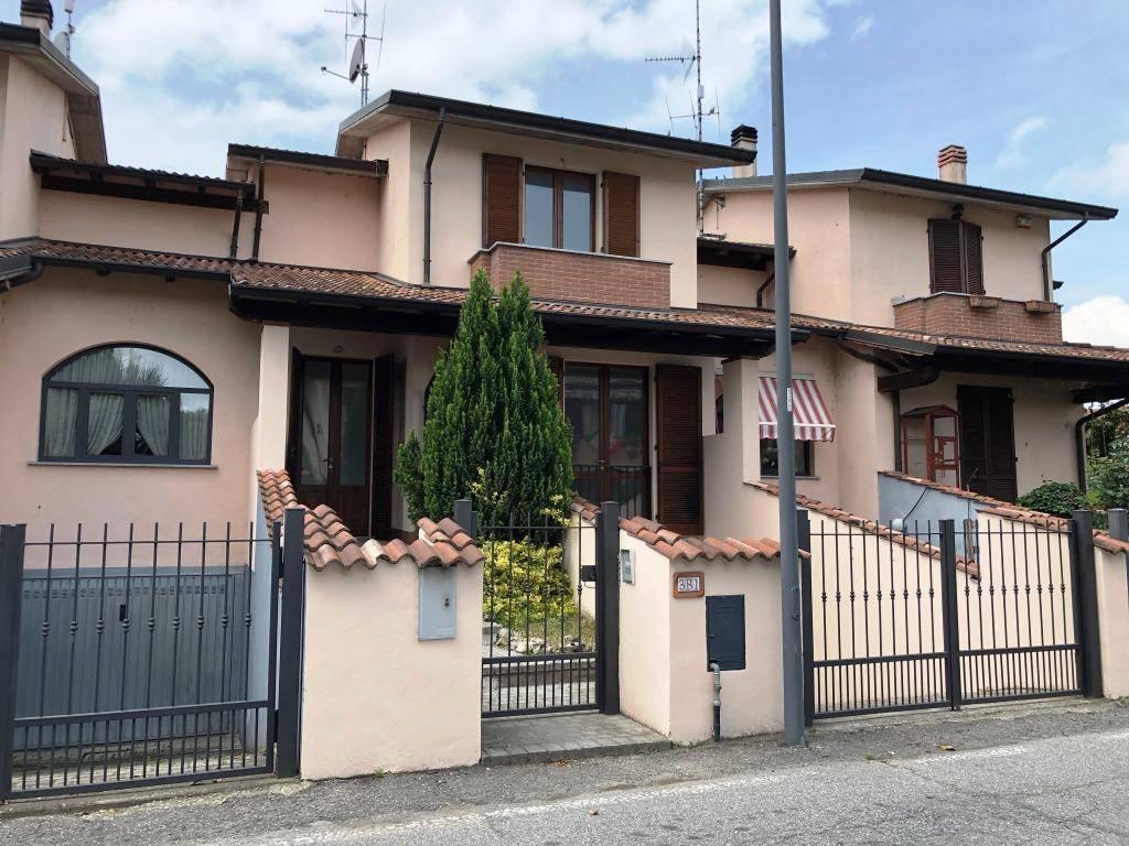 Villa a Schiera in vendita a Chignolo Po, 3 locali, prezzo € 129.000 | CambioCasa.it