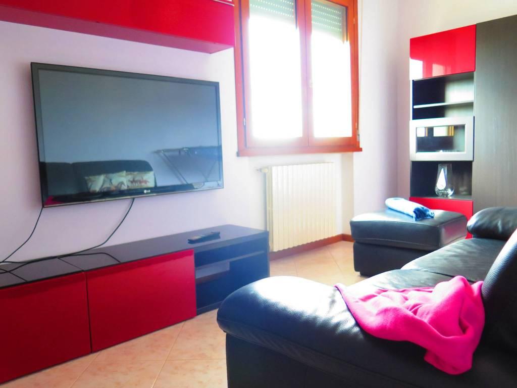 Appartamento in vendita a Colorno, 3 locali, prezzo € 95.000 | CambioCasa.it