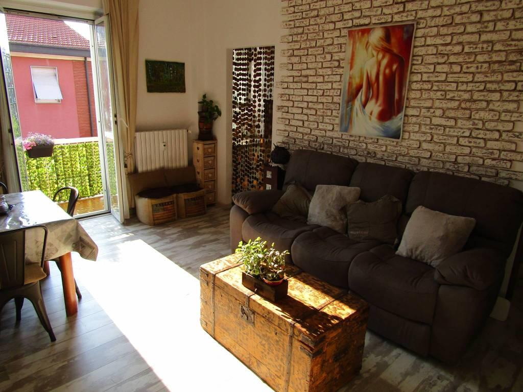 Appartamento in vendita a Segrate, 3 locali, prezzo € 155.000 | CambioCasa.it