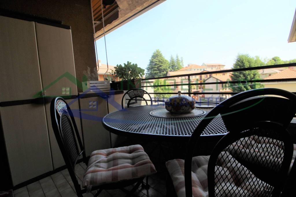 Appartamento in vendita a Casorate Sempione, 3 locali, prezzo € 109.000 | CambioCasa.it