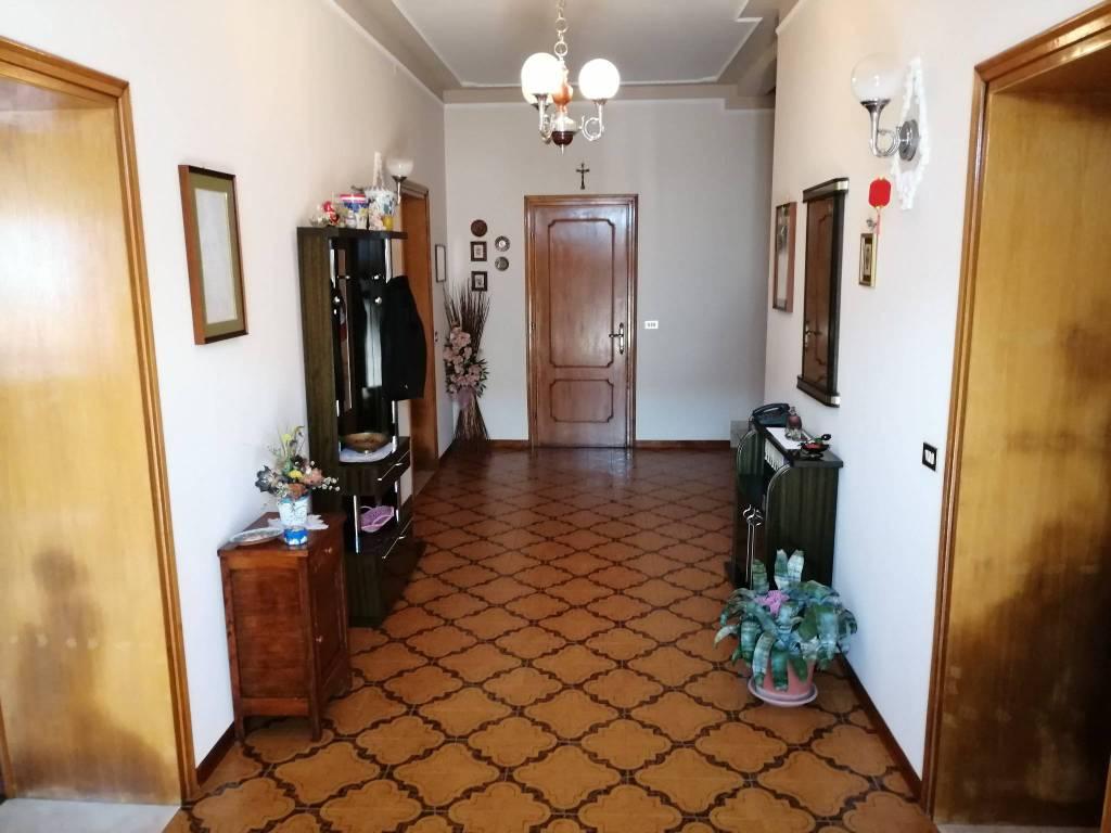 Rustico / Casale in vendita a Sabbioneta, 5 locali, prezzo € 128.000 | PortaleAgenzieImmobiliari.it