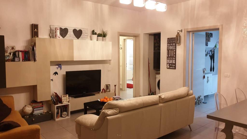 Appartamento in vendita a Castelvetro di Modena, 4 locali, prezzo € 205.000 | CambioCasa.it