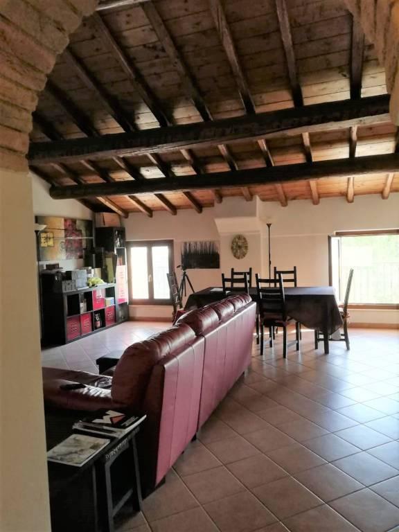 Appartamento in vendita a Marcaria, 3 locali, prezzo € 75.000 | CambioCasa.it