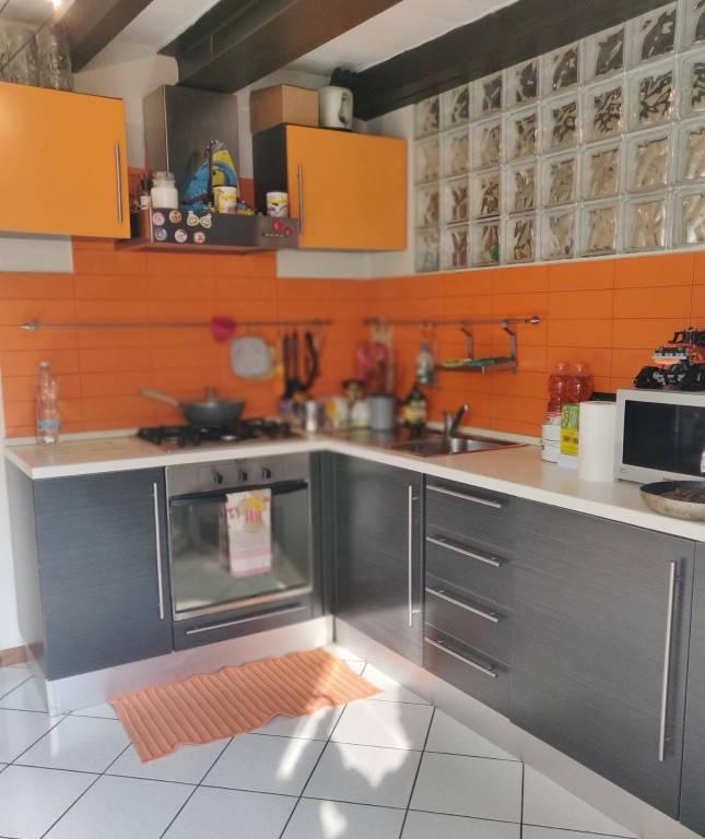 Appartamento in vendita a Nembro, 2 locali, prezzo € 69.000 | PortaleAgenzieImmobiliari.it