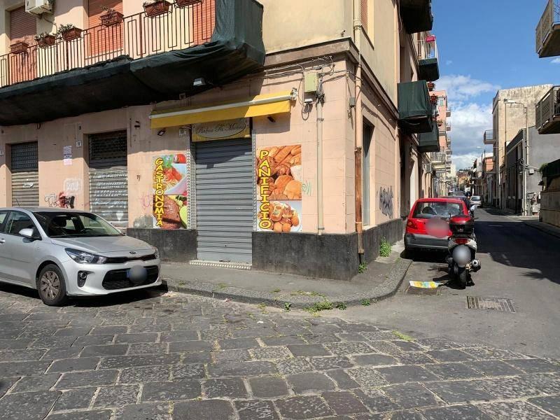 Negozio-locale in Vendita a Catania Centro: 2 locali, 50 mq