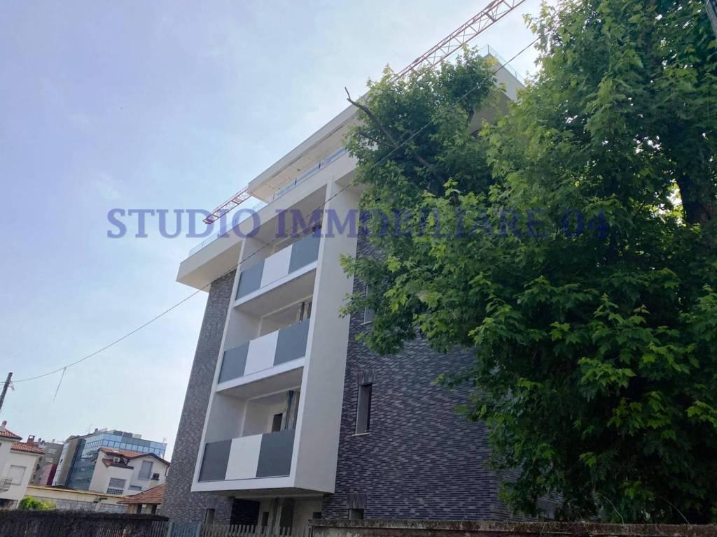 Appartamento in vendita a Meda, 4 locali, prezzo € 507.000 | PortaleAgenzieImmobiliari.it