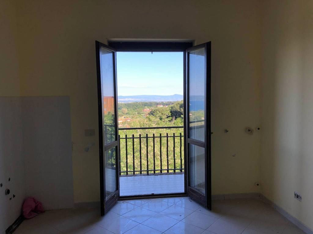 Villino a schiera in comprensorio panoramico lago di Bolsena