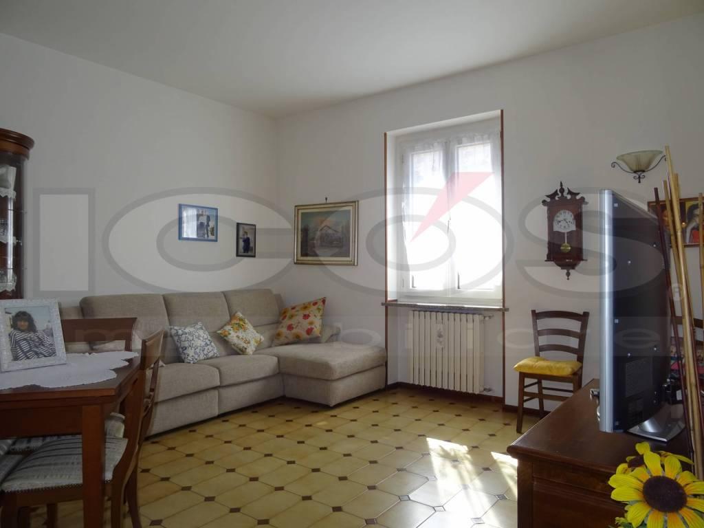 Appartamento in vendita a Novara, 3 locali, prezzo € 59.000 | CambioCasa.it