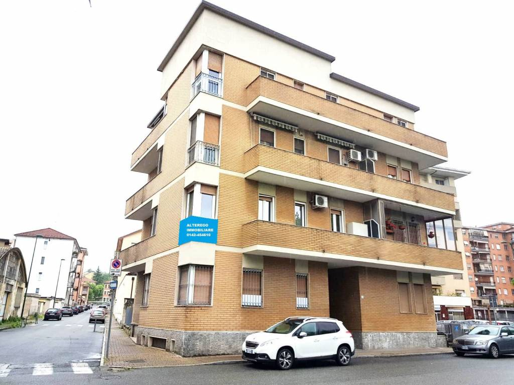 Appartamento in vendita a Casale Monferrato, 4 locali, prezzo € 120.000 | CambioCasa.it