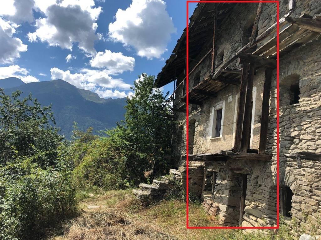 Foto 1 di Rustico / Casale Frazione Bruson, Allein