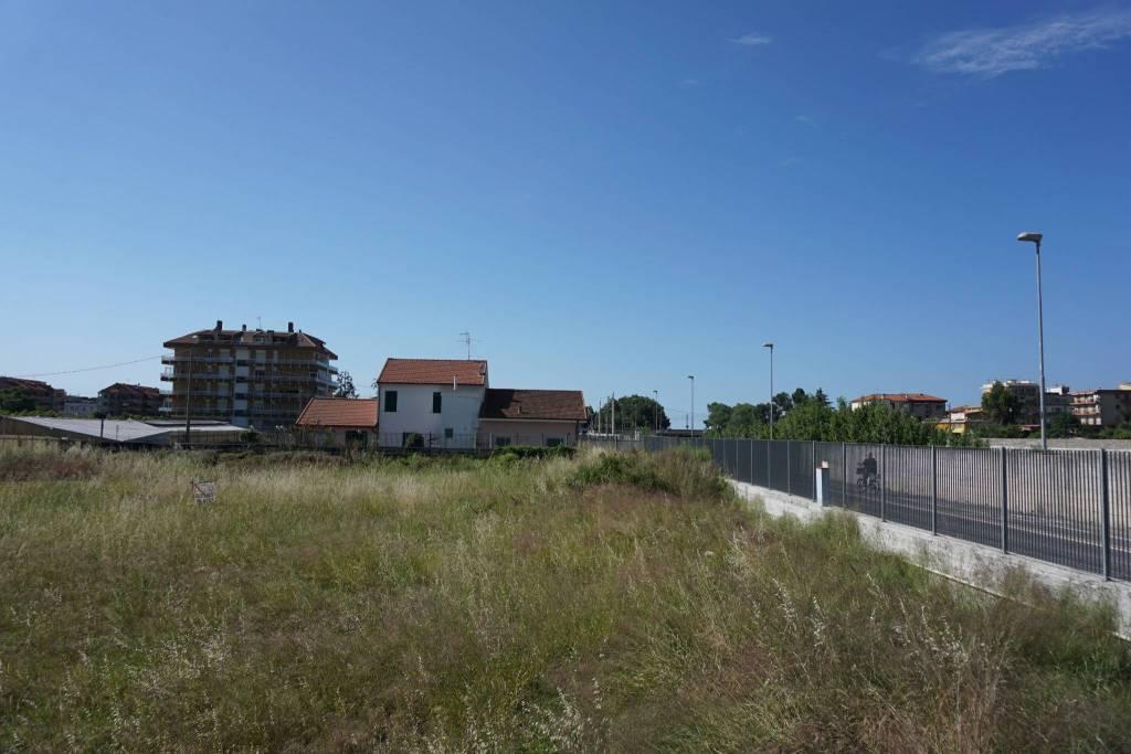 Terreno Edificabile Residenziale in vendita a Camporosso, 9999 locali, prezzo € 300.000 | CambioCasa.it