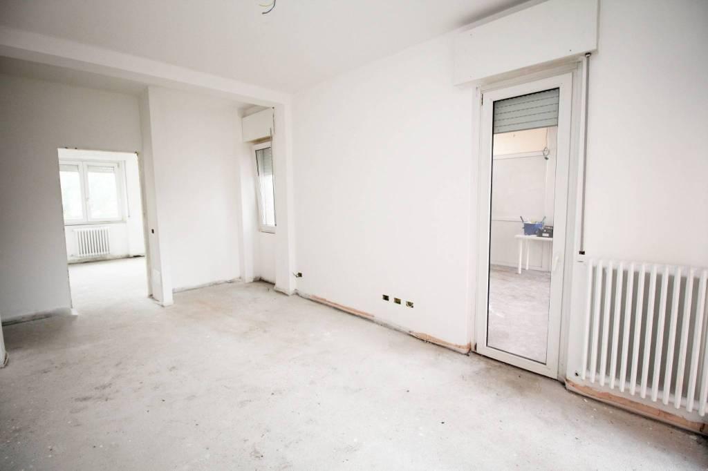 Appartamento in vendita a Rescaldina, 2 locali, prezzo € 93.000 | PortaleAgenzieImmobiliari.it