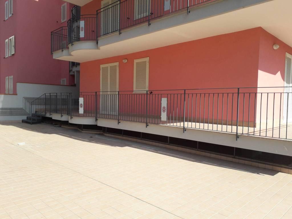Appartamento in ottime condizioni in vendita Rif. 8411881