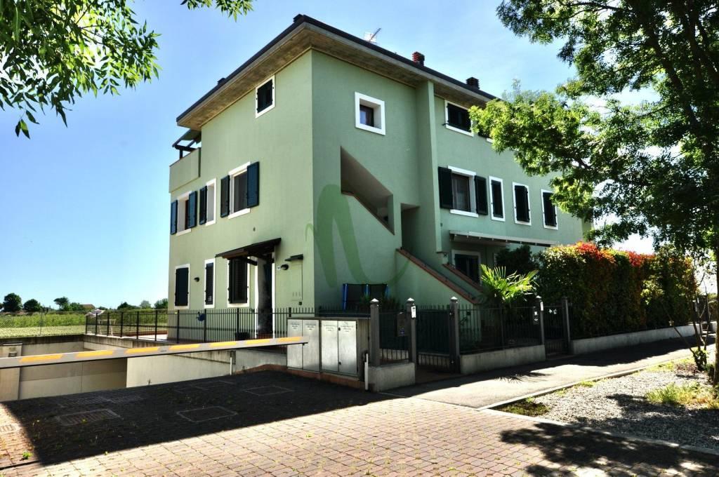 Appartamento in Vendita a Cesenatico Centro: 3 locali, 85 mq