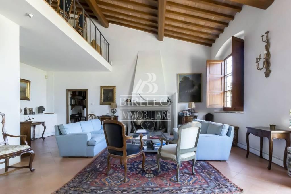 Villa in Vendita a Firenze Centro: 5 locali, 300 mq