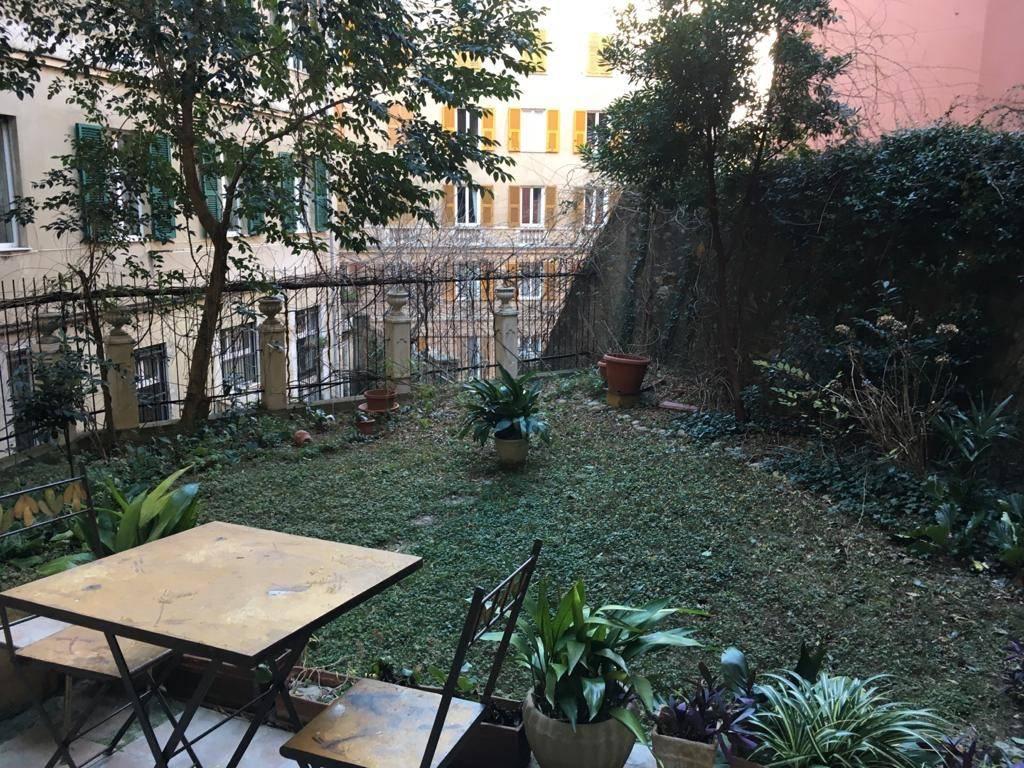 Appartamento in vendita a Genova, 6 locali, zona Zona: 1 . Centro, Centro Storico, prezzo € 270.000 | CambioCasa.it