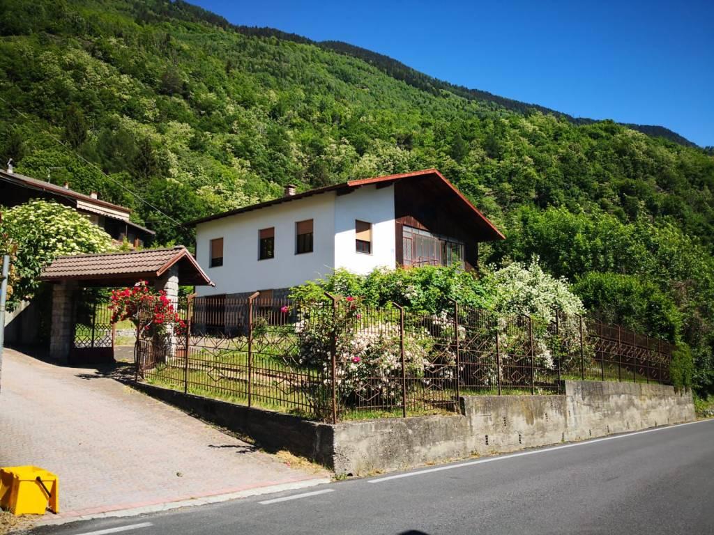 Villa in vendita a Edolo, 11 locali, prezzo € 168.000 | PortaleAgenzieImmobiliari.it