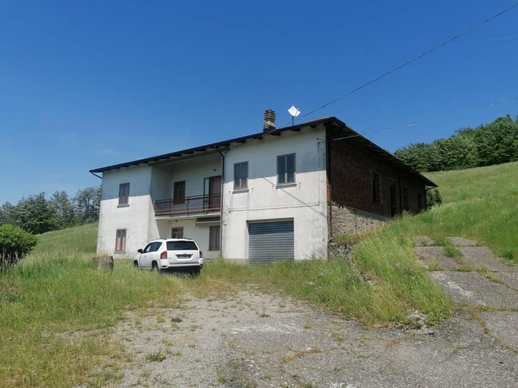 Rustico / Casale in vendita a Firenzuola, 6 locali, prezzo € 180.000 | CambioCasa.it