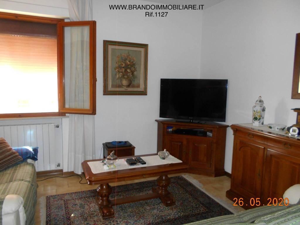 Appartamento in vendita a Calcinaia, 4 locali, prezzo € 145.000   CambioCasa.it