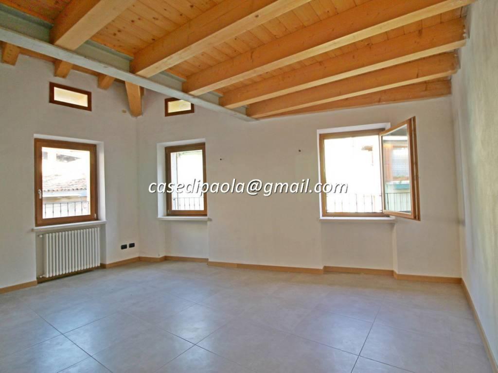 Appartamento in vendita a Dolcè, 3 locali, prezzo € 120.000 | CambioCasa.it