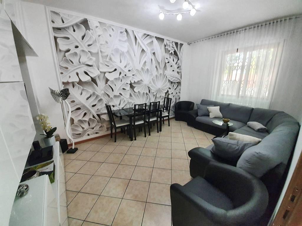 Appartamento in vendita a Saronno, 3 locali, prezzo € 119.000 | CambioCasa.it